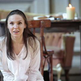 Olesya Golovneva as Tatjana